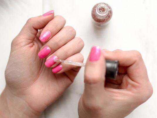 指甲油中的化学成分及对婴幼儿的危害