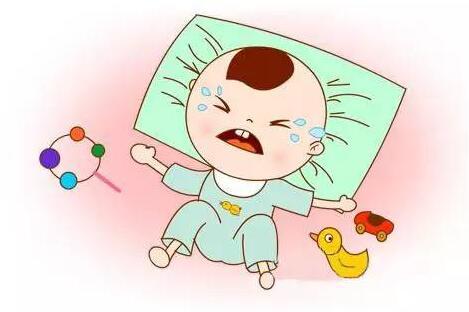 婴儿惊吓宝妈应该这样做,可以及时缓解的方法