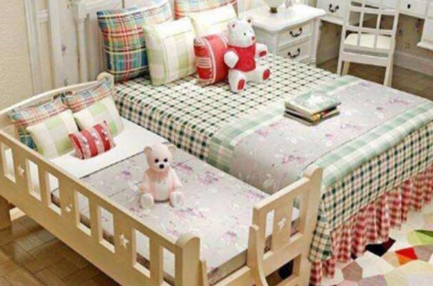 过早与孩子分床睡,会导致孩子在各方面受到影响