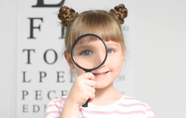 这五种不良习惯会导致孩子的视力越来越低,父母一定要督促孩子改掉