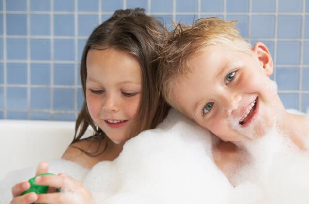 孩子性别意识容易混淆带来的后果,父母该今早给孩子建立性别意识